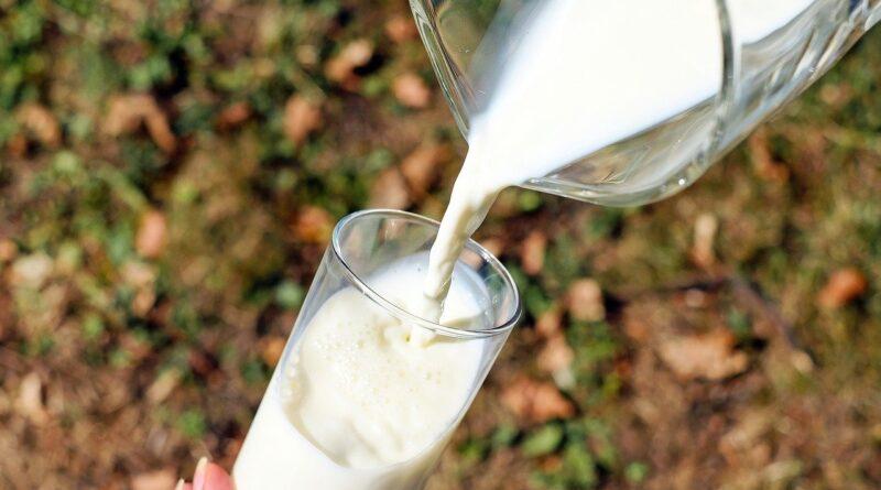 Intolerância à lactose: sintomas podem piorar com o tempo