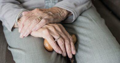 Prevenir queda dos idosos