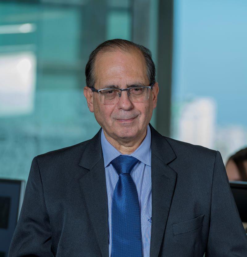 Dr. Orestes Pullin