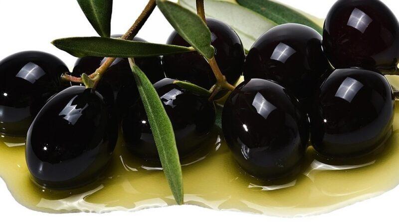 Patê de azeitona preta